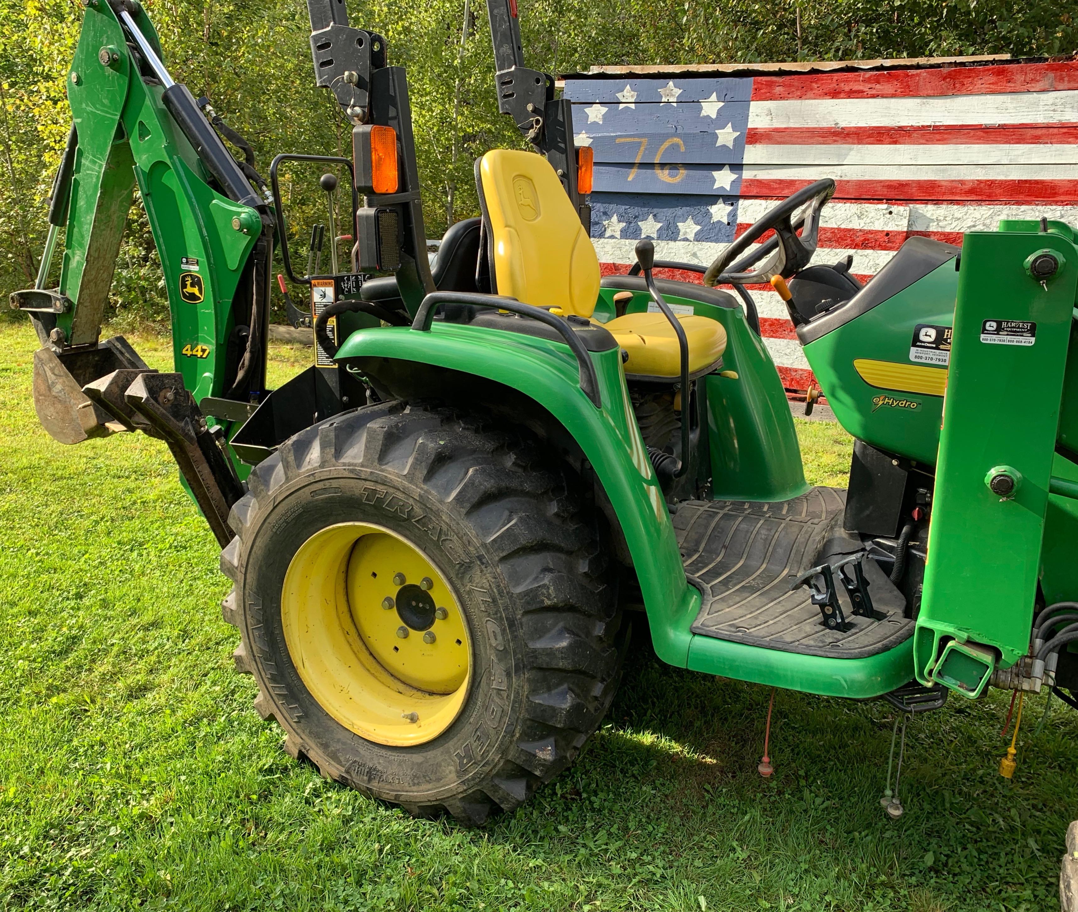 Image of John Deere tractor